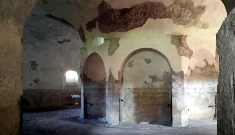 Tomba di Romolo 003