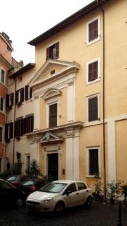 Santo Stefano Cacco, Fassade