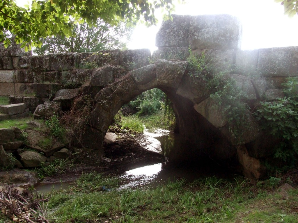 Ponte Loreto, Lanuvio